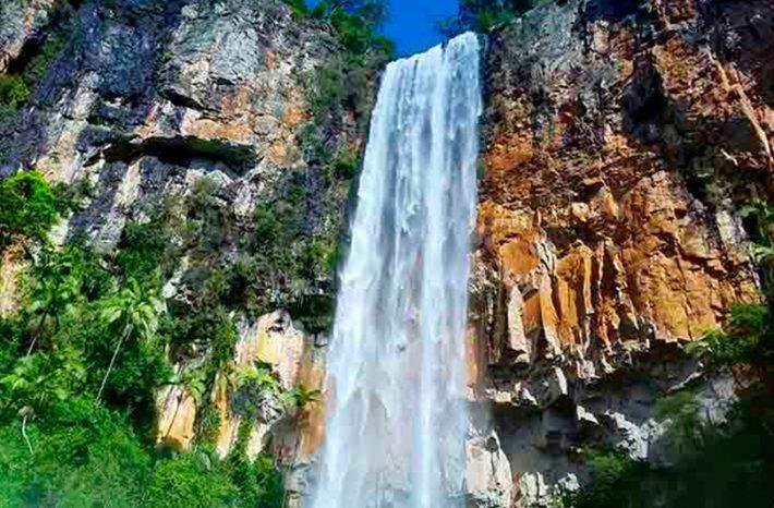 Cataratas Purlin Brook Falls