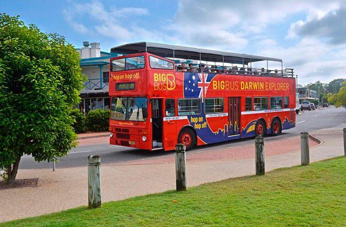 red bus darwin
