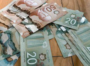 salario minimo en canada